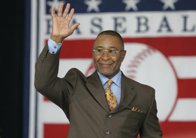 Ozzie Smith, a 15-time All-Star shortstop, becomes the 32nd player to be elected to the Hall of Fame in his first year of eligibility. Dubbed the 'Wizard of Oz' due to his remarkable defensive abilities, Osborne Earl Smith won 13 Gold Gloves during his 19-year career with the San Diego Padres and St. Louis Cardinals.