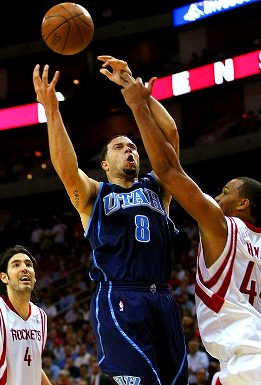 Utah, clinging to the eighth spot in the Western Conference at the start of the week, begins a stretch in which it faces Houston, Cleveland, Denver and San Antonio. Jazz point guard Deron Williams, who got off to a slow start after a suffering a preseason ankle injury, is averaging 19.4 points and 10.3 assists in eight games this month.