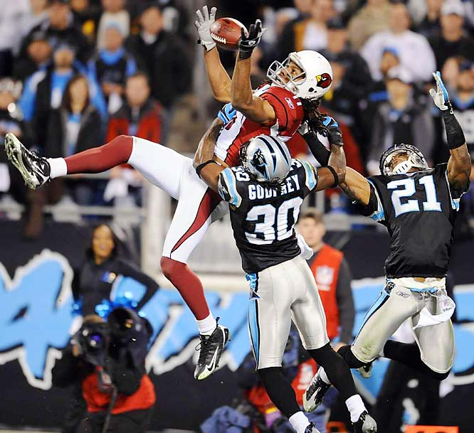 Warner threw two touchdown passes, Fitzgerald had 166 yards receiving and the Cardinals pounced on Delhomme's six turnovers to earn a berth in the NFC title game with a 33-13 win at Carolina. It was the Panthers' first loss at home.