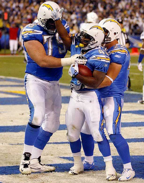 Darren Sproles came up big on a night when the Chargers played the final 2 1/2 quarters without LaDainian Tomlinson.  Sproles rushed 23 times for 105 yards, caught five passes for 45 yards, had 106 yards on four kickoff returns and 72 on three punt runbacks.