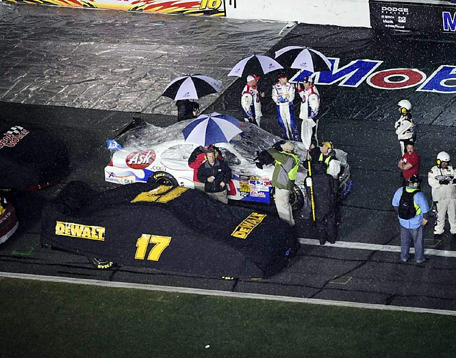 The race was called after 152 of 200 laps. It was just the fourth rain-shortened 500 in the race's 51-year history, and the first since Michael Waltrip's 2003 victory