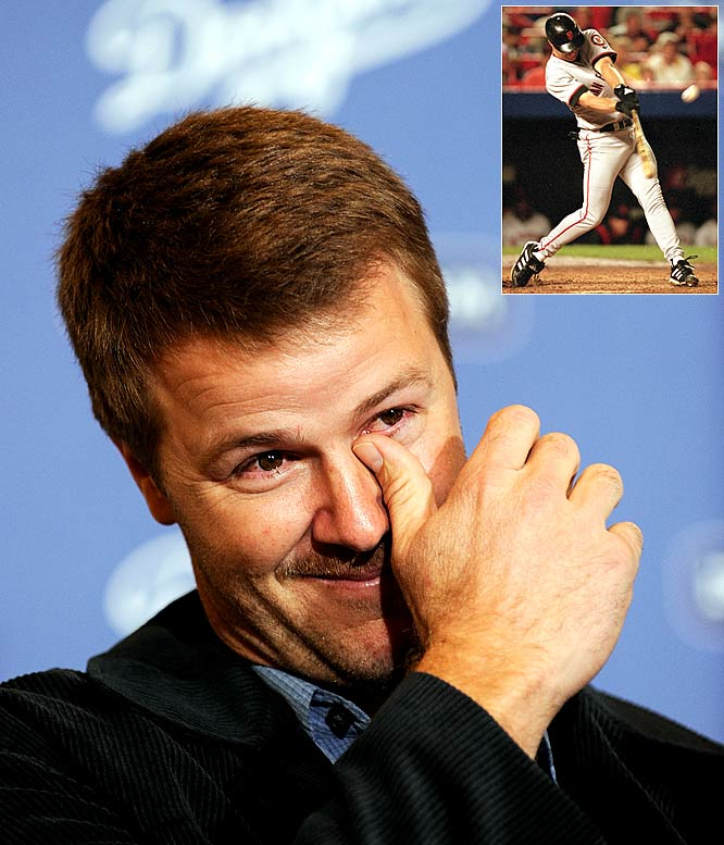 One of the best-hitting second basemen of all-time, Jeff Kent retired as the career home run leader among second basemen with 351, 74 more than Ryne Sandberg. In 17 major league seasons, Kent was an All-Star five times, and earned the 2000 NL MVP, when he hit .334 with 33 home runs and 125 RBIs for the Giants.
