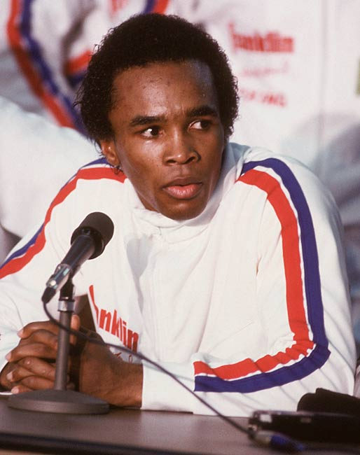 Sugar Ray Leonard wins his first pro fight, beating Luis Vega in six rounds.