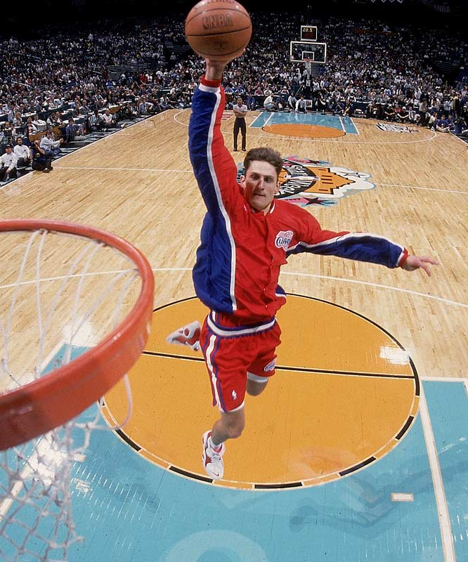 Barry's version of a free-throw line dunk carried him to victory over fellow rookie Michael Finley.