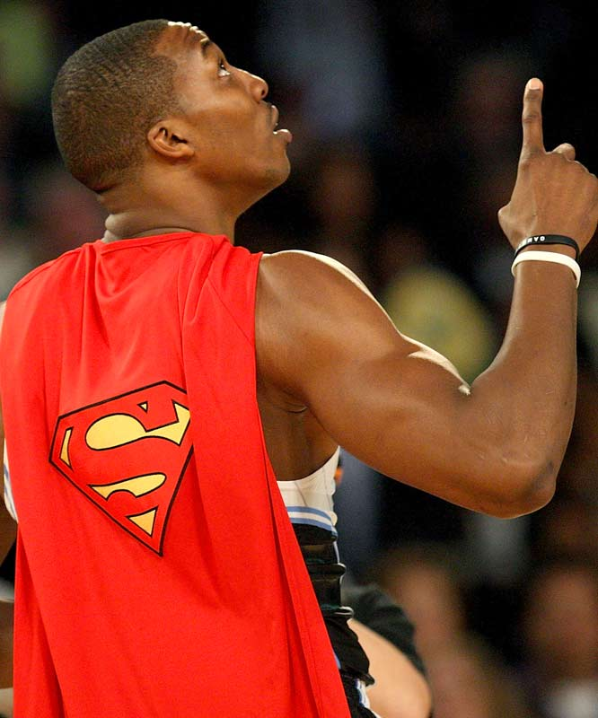 Dwight Howard, aka Superman, gets mentally ready for his alley-oop dunk on a 12-foot rim in Round 2.