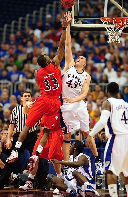 Cole Aldrich had a triple-double with 13 points, 20 rebounds and 10 blocked shots.