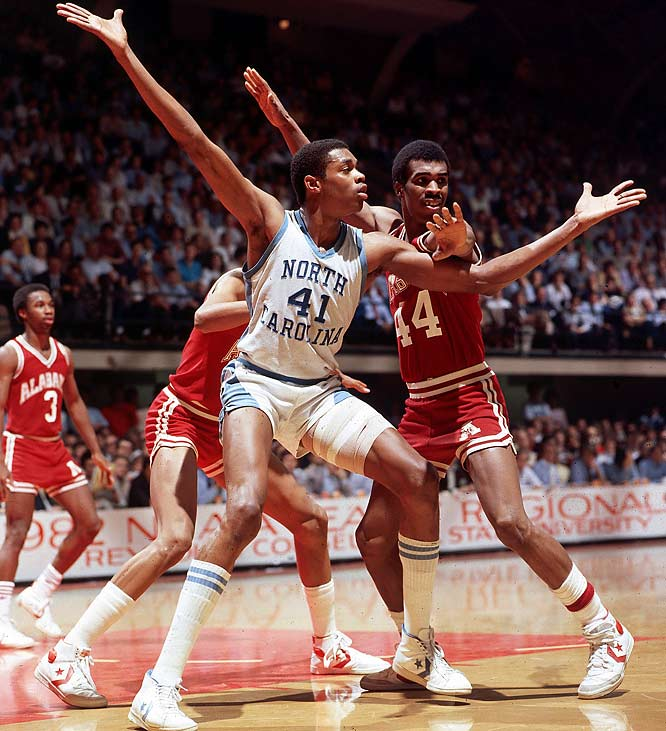 Sam Perkins battles for position during an early-round game against Alabama.