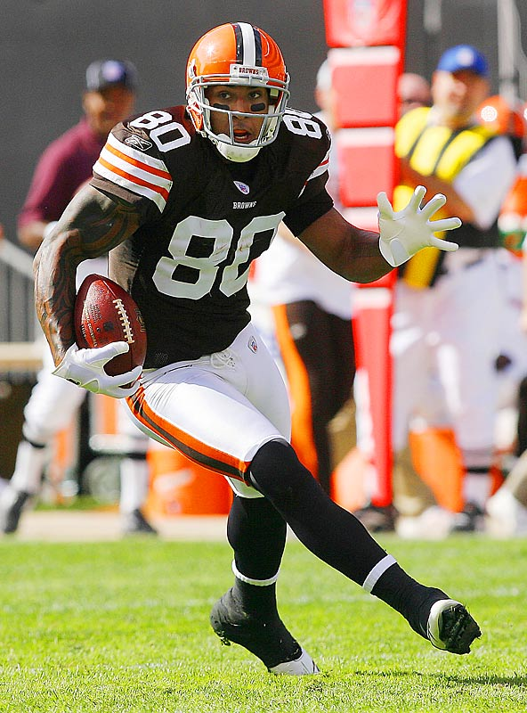The injury-prone tight end was dealt to the Bucs for two future draft picks.  In 2006 and 2007, his only two full seasons with the Browns, Winslow hauled in 89 and 82 receptions, respectively, and looks for a healthy start in Tampa Bay.