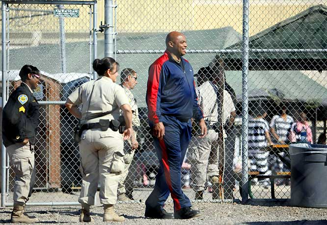 "There is preferential treatment and then there's the laughable three-day ""jail sentence"" Barkley served in Arizona for his DUI bust. Not only did he not have to wear a striped uniform, opting for a Nike track suit and a gold chain instead, but also he got his own tent, separate from the other inmates, and was able to have his lawyers bring him junk food and candy from outside. The highlight was a slapstick press conference he had with the sheriff while inmates looked on, which was almost as funny as seeing Barkley read The Complete Idiot's Guide to Learning Spanish to pass the time as the paparzzi filmed him."