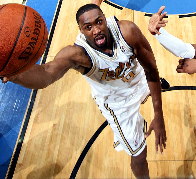 A few months after signing a 6-year, $111-million extension to remain in Washington, Arenas was sidelined by his third knee surgery in two years. Arenas returned in late March to a team that is challenging for the worst record in the league.