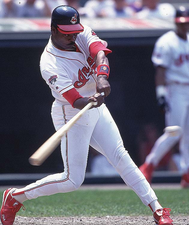 Indians' DH Eddie Murray knocked a home run from both sides of the plate in the Indians' 10-6 win over the Twins. It was the 11th time Murray had homered both left-handed and right-handed in the same game, breaking the record set by Mickey Mantle in 1964 .