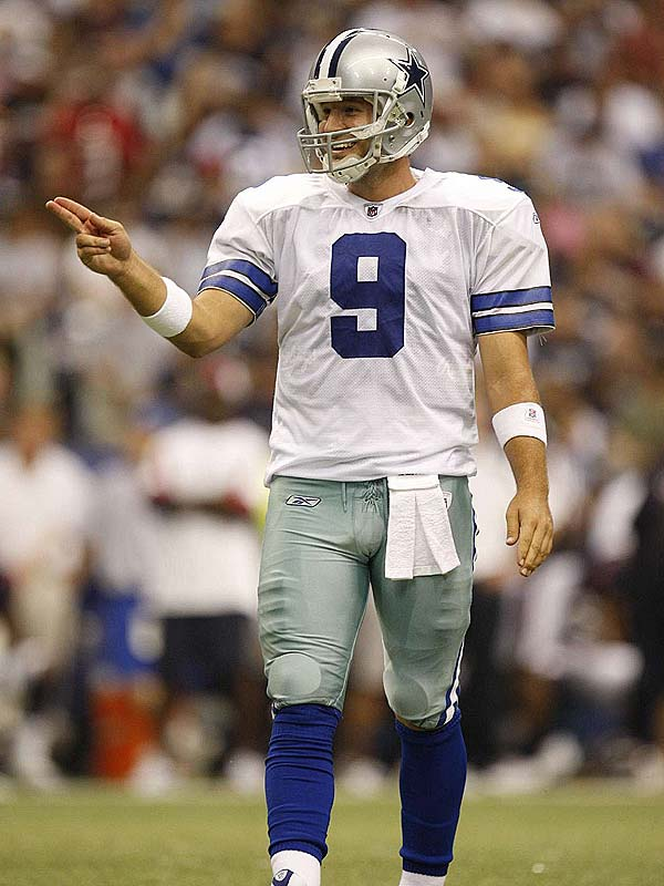 Tony Romo (1980, pictured)<br>Steve Vickers (1951)<br>Ken Caminiti (1963)<br>Eric Devendorf (1987)<br>
