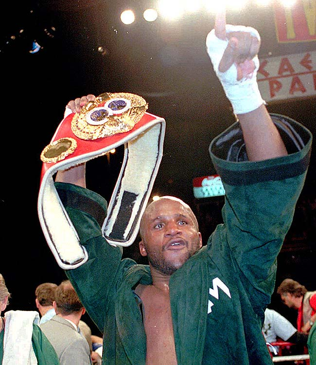 Michael Moorer defeated George Foreman to become the first left-handed heavyweight champion.