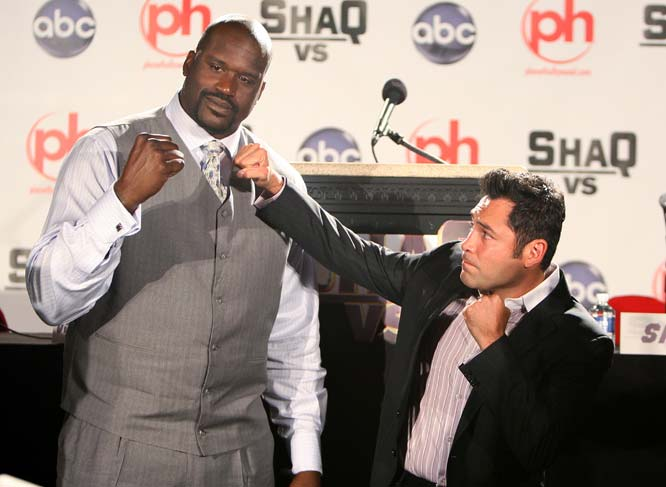 So what does Shaq do in the offseason?  In this new reality show he challenged other athletes, including Oscar De La Hoya and Ben Roethlisberger, in their own sports.