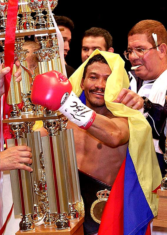 Gamez made history in becoming the first flyweight to secure titles in four divisions: minimum weight, light flyweight, flyweight and super flyweight. He retired with a 35-12-1 record, with 26 KOs.
