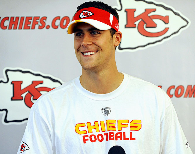 <i>Patriots send QB Matt Cassel, LB Mike Vrabel to Kansas City for 2009 second-round pick.</i><br><br>The new regime of president Scott Pioli and head coach Todd Haley targeted Cassel, who Pioli knew from New England. Some critics suggested the Pats could have gotten more for Cassel, who filled in admirably for Tom Brady last season. Vrabel isn't talked about as much in this deal, but will add leadership to the Chiefs defense.