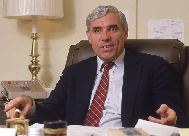 NBA Hall of Famer and former New York Knicks star Dave DeBusschere dies at the age of 62. DeBusschere was named one of the NBA's 50 Greatest Players in 1997.