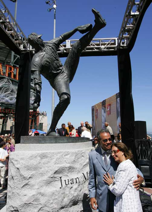Before their interleague game with the Athletics, the Giants pay homage to Juan Marichal by dedicating a nine-foot bronze statue outside SBC Park.