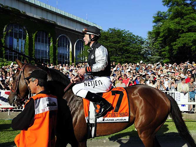 Entering the Belmont Stakes, Mine That Bird was the odds-on favorite to make Calvin Borel the first jockey to win all three Triple Crown races on two different horses.