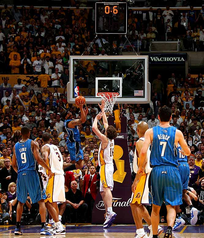 Courtney Lee misses a layup at the end of regulation that would have won Game 2 of the NBA Finals for the Orlando Magic. Lee's miss sent the game into overtime, where the Lakers came up with a 101-96 victory and a 2-0 series lead.