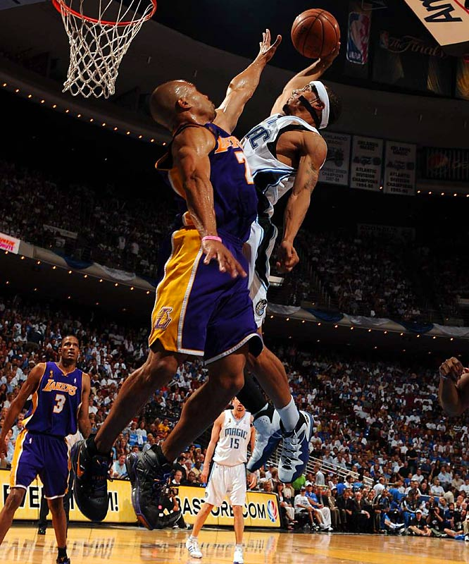 Lee dunked over Fisher in one of the more electrifying plays of the series.