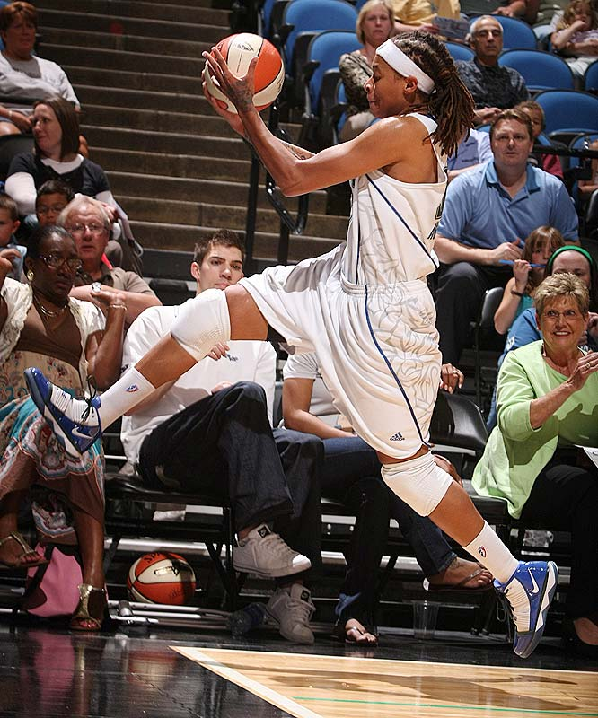 What a week it was for Seimone Augustus (pictured). On June 7 she finished her 100th career game with 2,127 career points -- which is second only to Cynthia Cooper-Dyke (2,187) for points scored in that span. Eight days later she was named the Western Conference's Player of the Week after averaging 21.8 points, 5.0 rebounds and 2.3 steals while shooting 54.1 percent (33-61) from the field and 60.0 percent (6-10) from beyond the arc. <br><br>Next three: 6/17 at Phoenix; 6/19 at Seattle; 6/23 vs. New York
