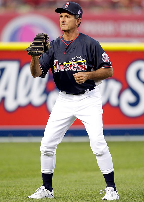 Red Sox Hall of Famer Fred Lynn concentrates on warming up before the game.