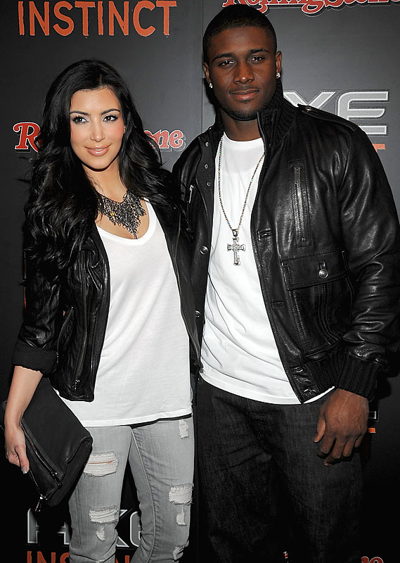 It's a sad day here at the Pop Culture Hot List. We had heard a couple weeks ago that Reggie Bush had broken up with Kim Kardashian, but we were selfishly hoping they'd work things out. Sadly, that was not to be as the couple called it quits this week. Now we have to somehow put together this list each week without the services of both Kim Kardashian and Jessica Simpson. Hopefully they both rebound with athletes soon.