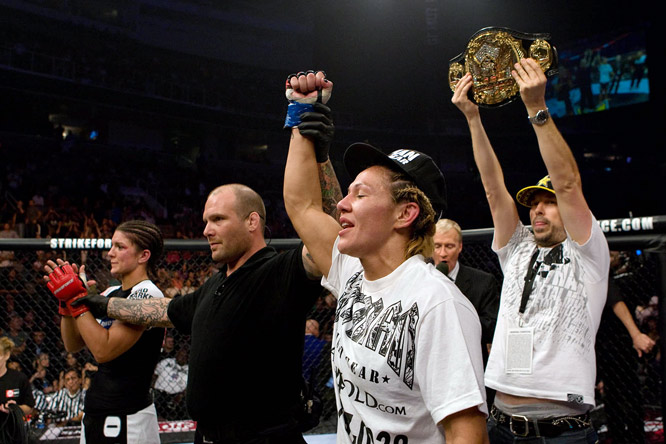 Cyborg became the first female champion for Strikeforce.
