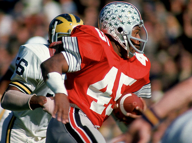 He had bigger statistical games in his first Heisman-winning season of 1974, but none more important than his 111-yard effort against Michigan. Playing with a hip pointer and a severe thigh bruise, Griffin set up the final field goal that gave the Buckeyes a 12-10 victory, the Big Ten co-championship and their third straight trip to the Rose Bowl.