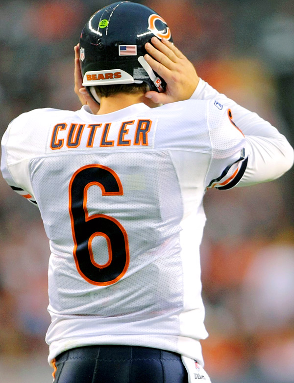 Jay Cutler tried valiantly to block out the Broncos fans' resounding boos throughout the first half.