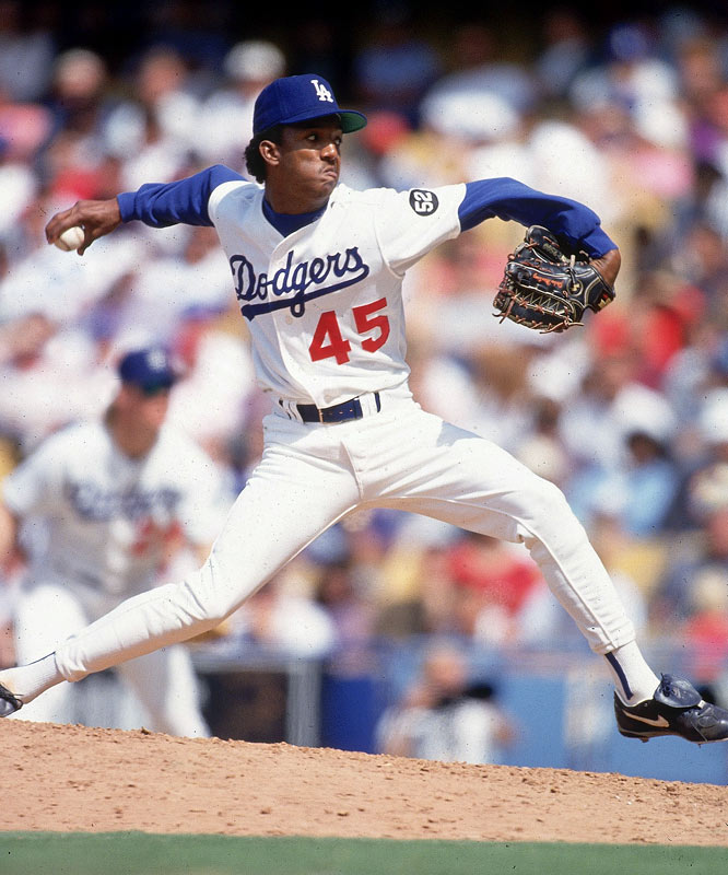 A 22-year-old Pedro Martinez in action against the Braves.
