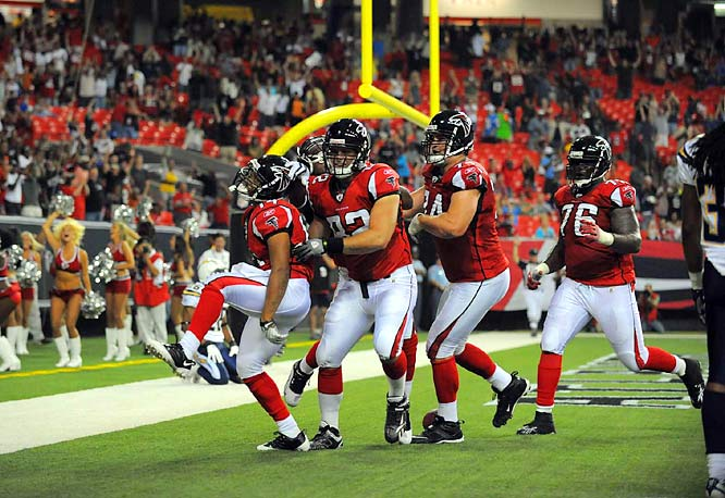On a fourth down, backup quarterback Chris Redman completed a 5-yard touchdown pass to Eric Weems with 9 seconds remaining to give the Falcons the win.