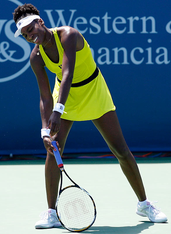 The error-prone sisters crashed out of the third round of the Cincinnati Open in sloppy fashion. Venus (38 unforced errors) lost in straight sets to Flavia Pennetta, while Serena (44) later fell in two sets to Sybille Bammer.