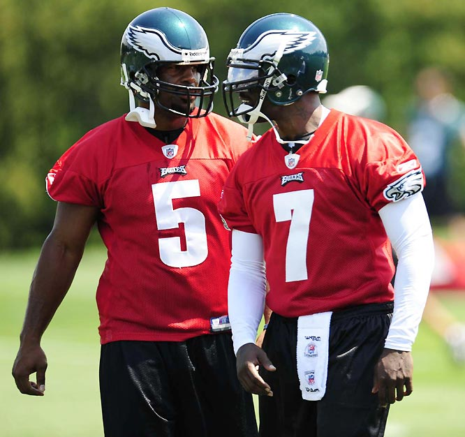 Eagles starting quarterback Donovan McNabb (5) lobbied for the team to sign the free-agent.