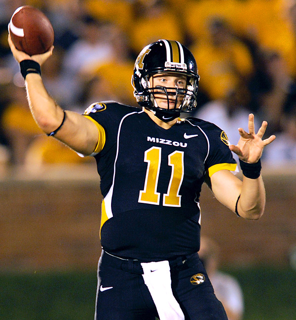 For three quarters and trailing 20-6, Missouri's quest to remain in the Top 25 seemed fruitless. But Tigers QB Blaine Gabbert (184 total yards, 2 TDs) engineered three scoring drives to solidify his team's come-from-behind victory.