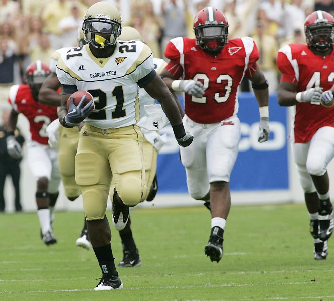 Jonathan Dwyer ran for two touchdowns, finishing with 95 yards on seven carries as the Yellow Jackets piled up 335 rushing yards in the win.