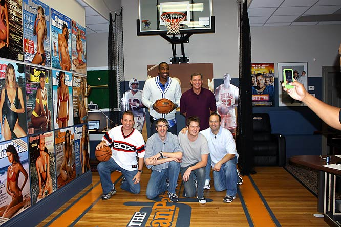 Dan and the Danettes, including Amar'e Stoudemire, pose for a team picture.