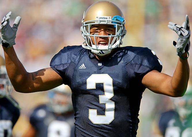 Notre Dame receiver Michael Floyd broke his clavicle during the Irish's win over Michigan State in Week 3. Fellow receiver Golden Tate has picked up the slack, but the Irish would receive a huge boost if rumors prove true and  Floyd returns for the November 7 game against Navy.