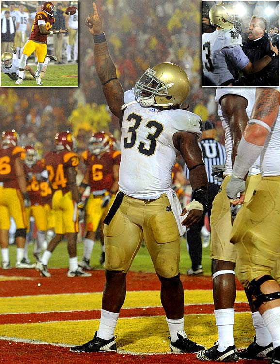 Tommy Rees completed just 20-of-32 passes for 149 yards and two touchdowns, but Notre Dame still managed to beat USC for the first time since 2001 with a 20-16 victory in Los Angeles. The Trojans took the lead on a 37-yard Joe Houston field goal with 6:25 remaining, but the Irish responded with a Robert Hughes touchdown run with 2:23 to go. Perhaps most pivotal, USC wideout Ronald Johnson dropped a wide-open pass on the Trojans' final drive of the game -- one that almost surely would have resulted in a score. With the win, Brian Kelly became the first Notre Dame coach to beat USC in his first try since Lou Holtz in 1986.