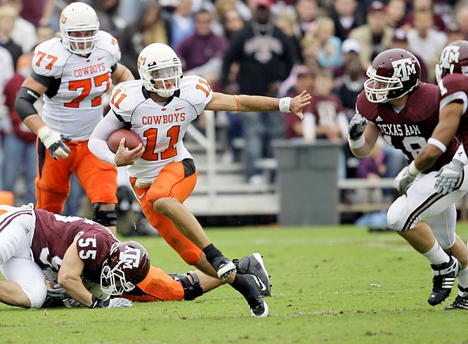 Zac Robinson scored on a three-yard run and completed touchdown passes of 27 and 51 yards completed as the Cowboys won on the road at Kyle Field for only the second time since 1983.