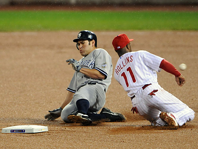 Johnny Damon steals second ahead of the throw to shortstop Jimmy Rollins during the seventh inning.