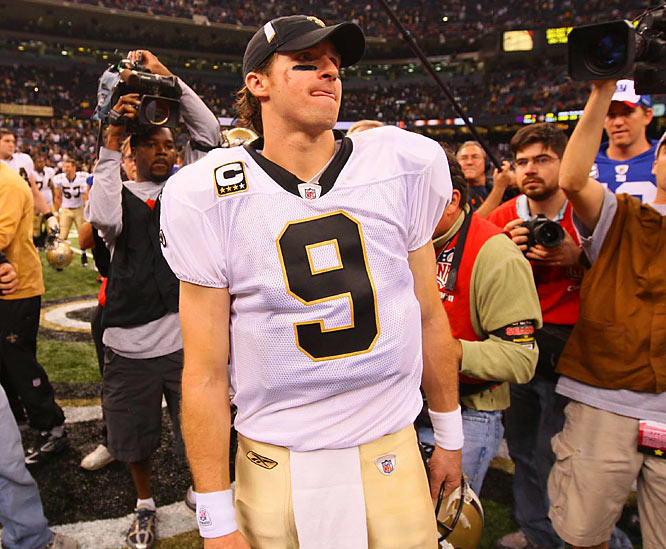 Brees completed 15 consecutive passes against the Giants at one point, three of them touchdowns, as he came within two completions of matching his own franchise record.