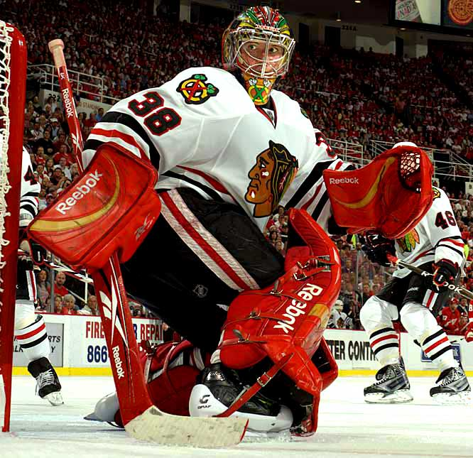 The young Blackhawks took a major step forward last season, making their first postseason appearance since 2002, but when it came time to play the games that counted, Nikolai Khabibulin was between the pipes, leaving Huet to stew on the bench. Now that Khabby's bolted to Edmonton, it's up to Huet to lead Chicago to the conference finals and beyond, and prove that he's more than just a $5 million backup.