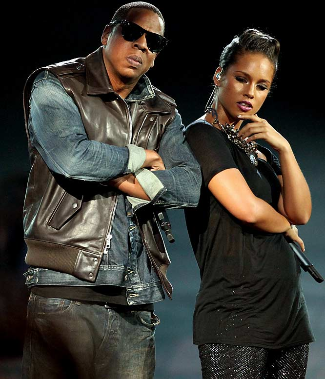 """The Yankees are finally embracing their whole """"Evil Empire"""" mystique. Before Game 1 of the World Series on Wednesday, Jay-Z and Alicia Keys will perform <i>Empire State of Mind</i> on the field. It's one of the cooler ideas the MLB has had in years. Quite frankly, we were getting tired of <i>American Idol</i> castoffs opening up the Fall Classic."""