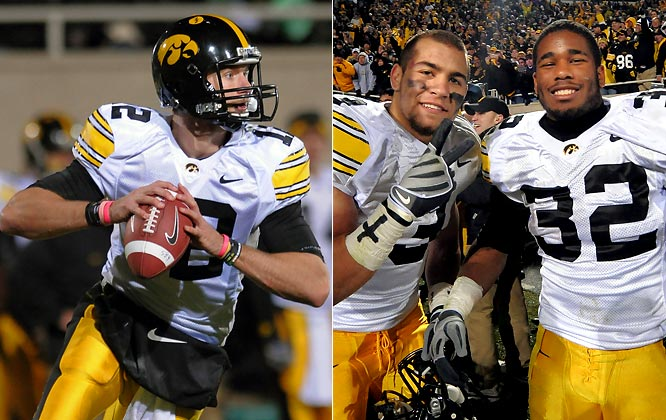The 2009 college football season has provided its share of fantastic finishes. Here are a dozen of our favorites, beginning with Iowa-Michigan State. Trailing the Spartans by four with 1:37 remaining, Ricky Stanzi (left) led the Hawekeyes on a 10-play, 70-yard drive, culminating on a 7-yard touchdown pass as time expired as Iowa remained undefeated.