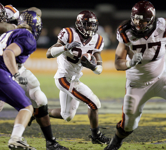 Ryan Williams ran for a season-high 179 yards Thursday as the Hokies avoided their first three-game losing streak in six years.  The freshman cracked the 1,000-yard plateau as Virginia Tech improved to 6-3.