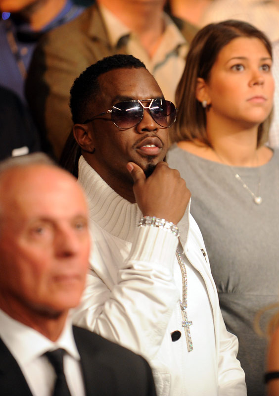 "Music mogul Sean ""Diddy"" Combs didn't miss out on the chance to see Pacquiao add another title to his collection."