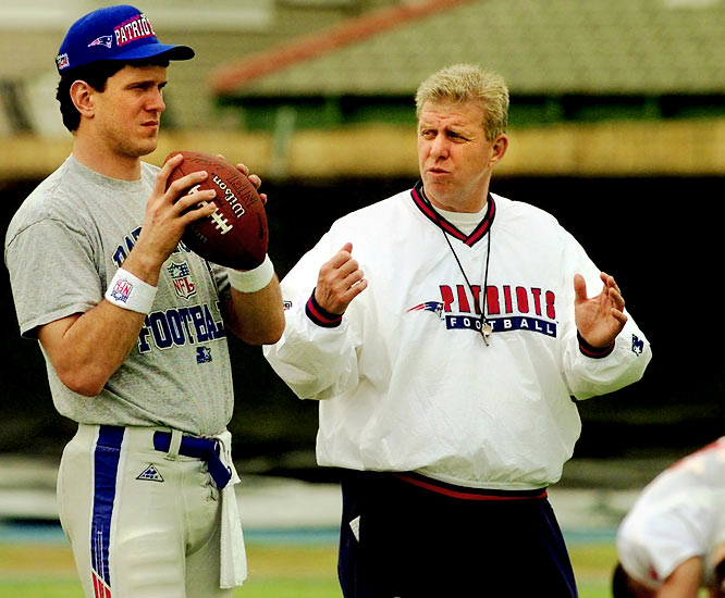 Drew Bledsoe gets some advice from Bill Parcells during Super Bowl XXXI practice in New Orleans in 1997.