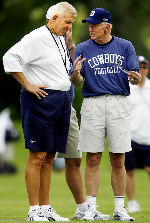 Bill Parcells and Cowboys owner Jerry Jones chat during the first day of training camp in 2006.